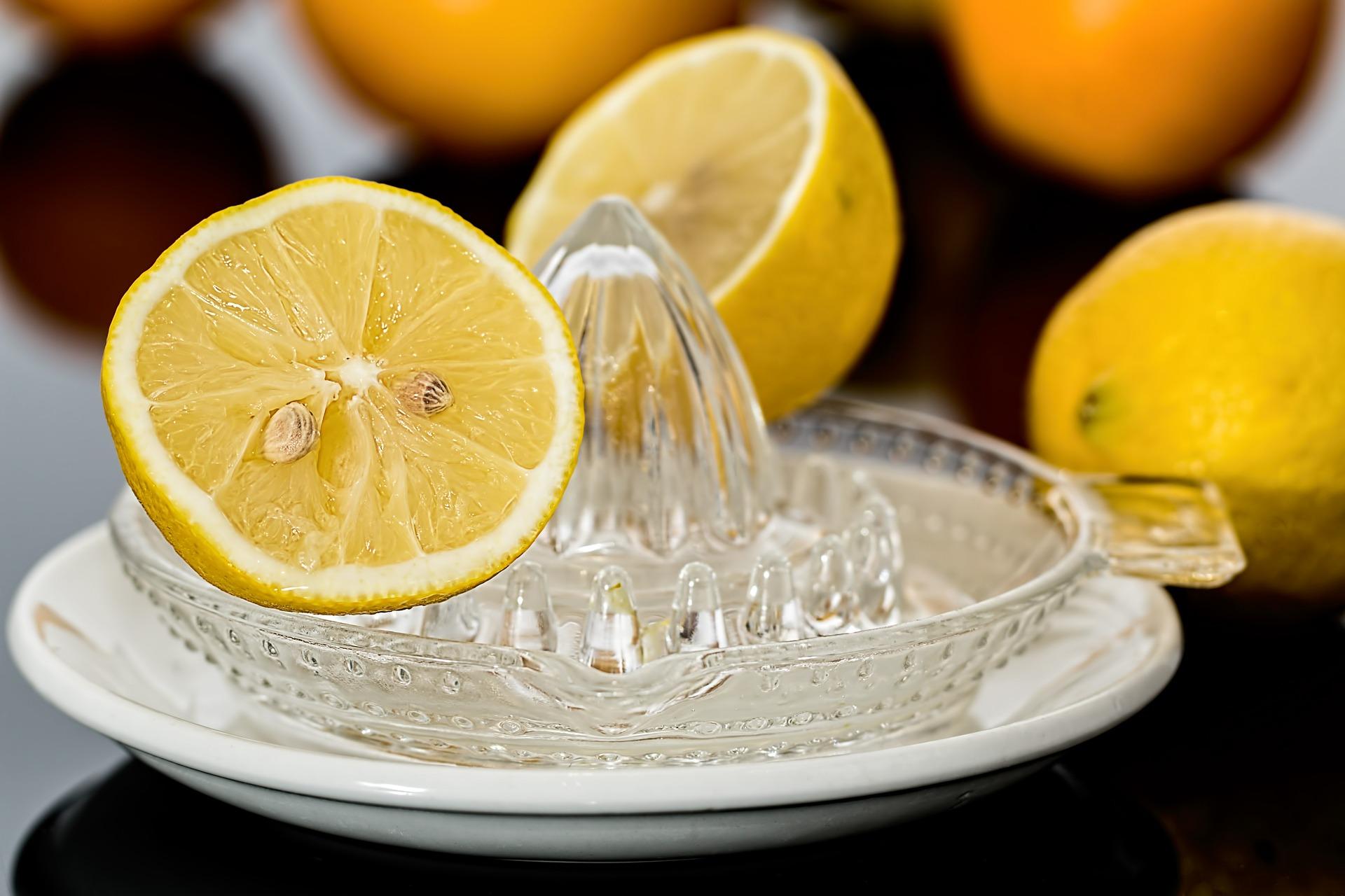 Cómo preparar tu propia bebida isotónica en casa