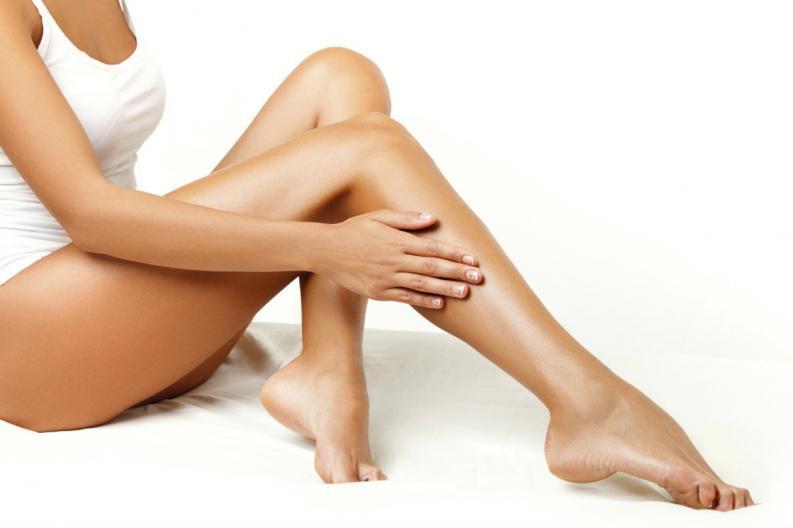 granos en las piernas