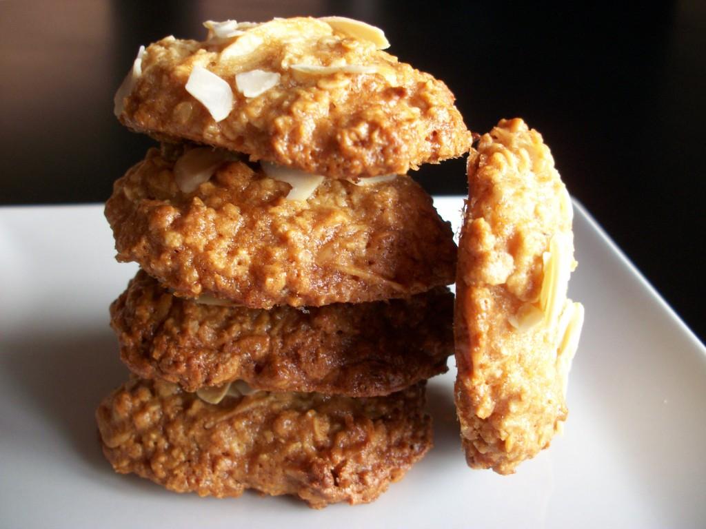 Deliciosas galletas de avena y almendras