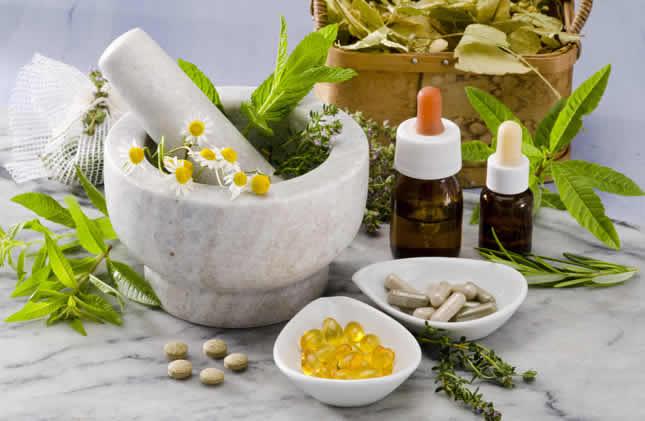 ¿La medicina alternativa puede tratar enfermedades crónicas?