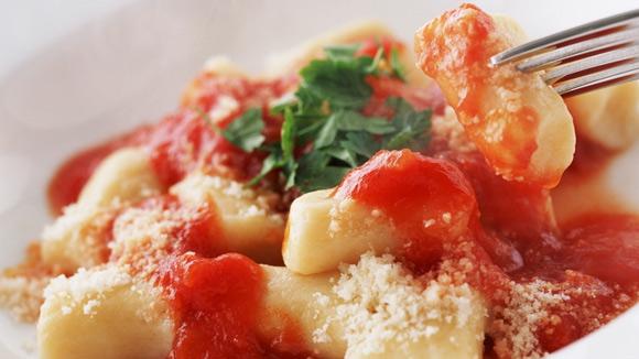 Ñoquis de papa con salsa napolitana