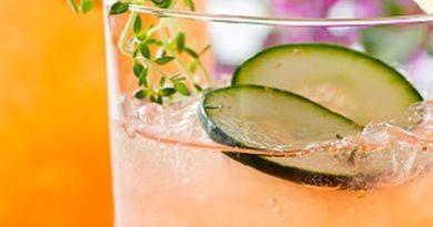 limonada de pepino, fresa y menta