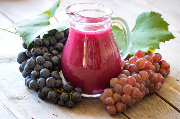 Jugo de uva, el mejor para la salud del corazón