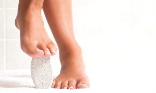 Cómo quitar las durezas de los pies